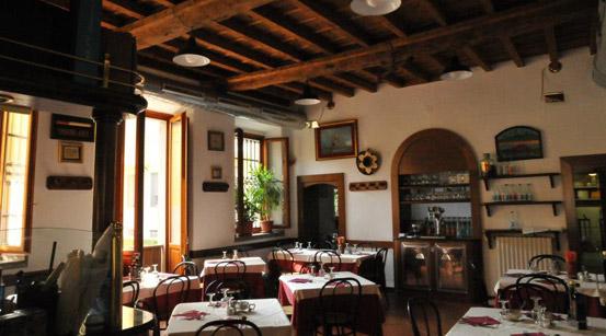 bar-Trattoria-395-interno_grande